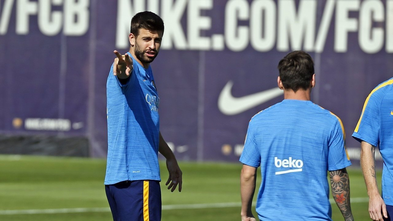 Gerard Piqué en un entrenamiento con el FC Barcelona