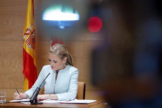CIFUENTES PRESIDE LA REUNIÓN DEL CONSEJO DE Gobiernola Presidenta De La Comunida