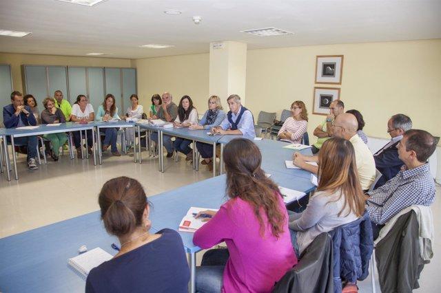 Primera reunión para constituir el Consejo Municipal de Educación