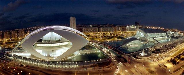 El Palau de les Arts, en la Ciudad de las Artes y las Ciencias de Valencia.