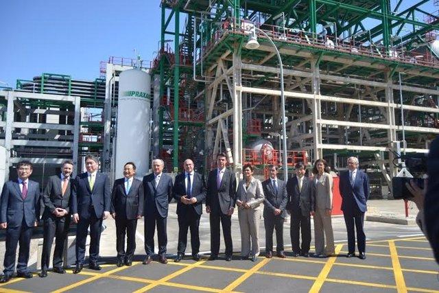 Ministro de Industria en la nueva planta de ILBOC