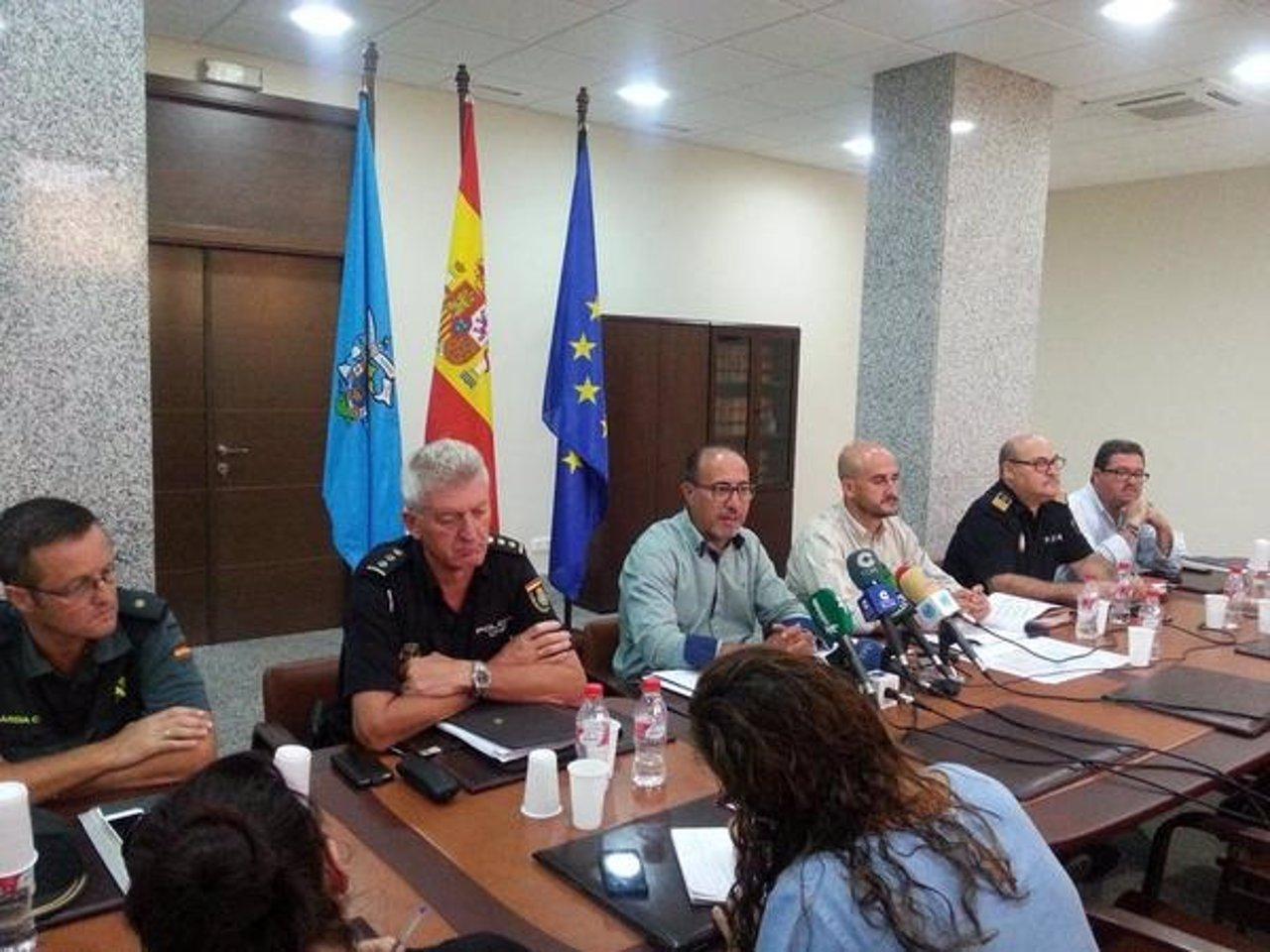 Abdelmalik El Barkani en el centro de la imagen