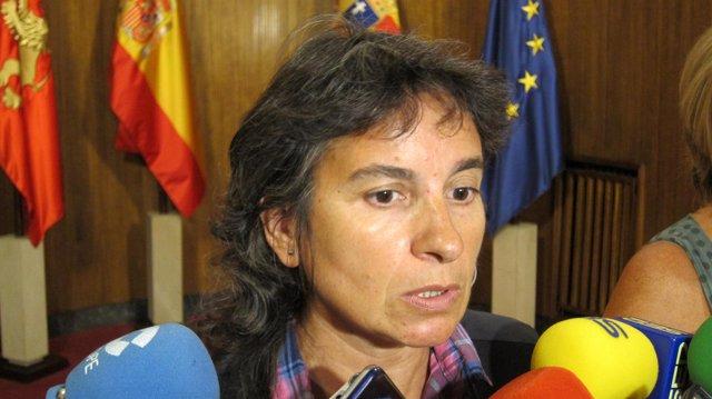La consejera de Derechos Sociales del Ayuntamiento de Zaragoza, Luisa Broto