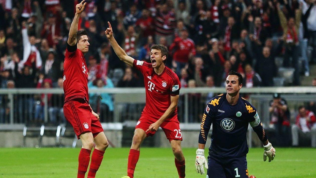 Lewandowski y Muller en el Bayern Munich - Wolfsburgo