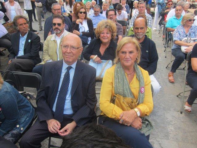 Núria de Gispert y Joan Rigol en un acto de Junts pel sí