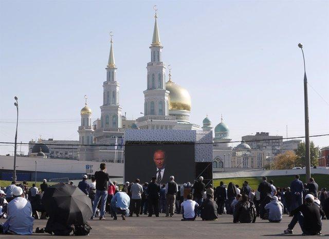 Putin inaugura la mezquita más grande de Moscú
