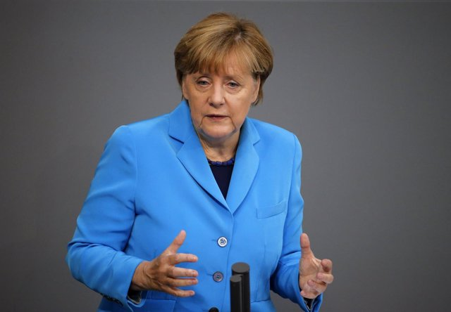 La canciller de Alemania, Angela Merkel, habla en el Bundestag
