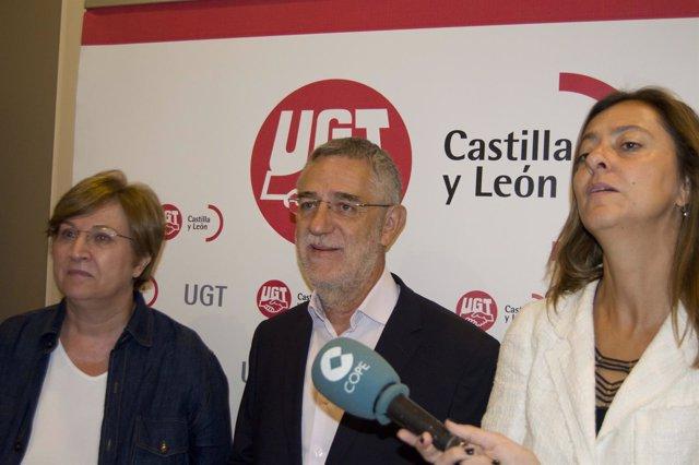 Esperanza Vázquez, Agustín Prieto y Almudena Fontecha en la presentación