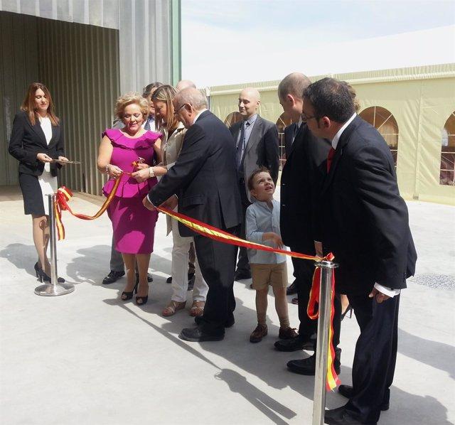 Pilar del Olmo y Rufino Martínez Minguela en la inauguración