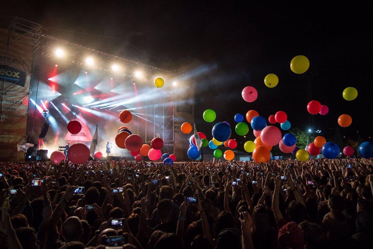 Un momento de la actuación de Thirty Seconds to Mars