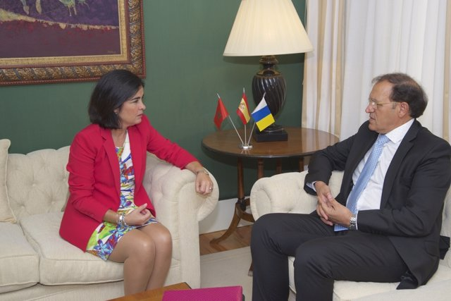 Carolina Darias y Ahmed Moussa