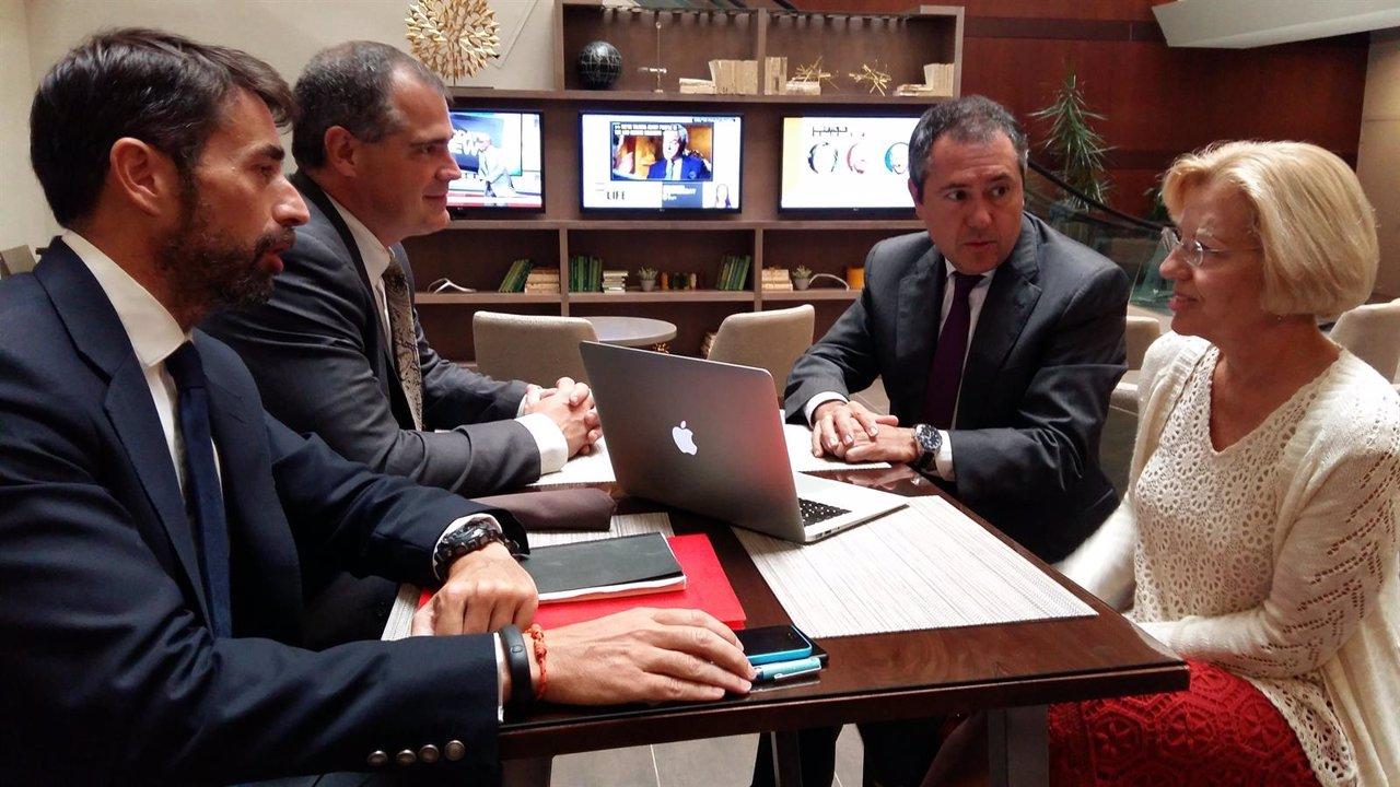 Espadas, reunido con el presidente y vicepresidenta ASTA