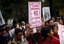 La CIDH se compromete a no abandonar a los padres de los 43 normalistas de Ayotzinapa
