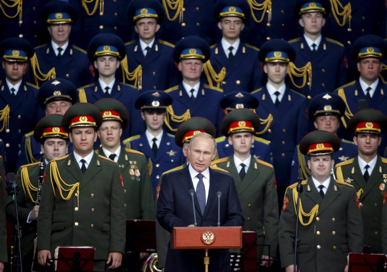 Vladimir Putin delivers a speech at the opening of the Army-2015 intern