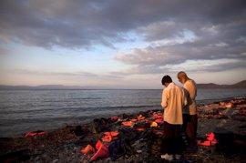 ACNUR estima que serán 700.000 los refugiados que lleguen a Europa por mar este año