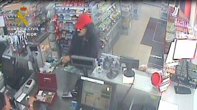 Imagen del atracador recogida por una cámara de vigilancia