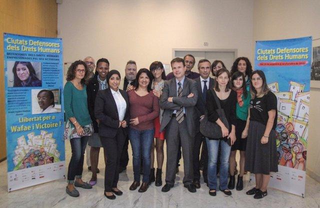 Defensores de derechos humanos se reúnen en la Diputación de Barcelona