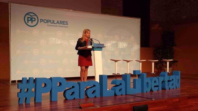 Eva Ortiz durante su intervención en las jornadas del PPCV en Valencia