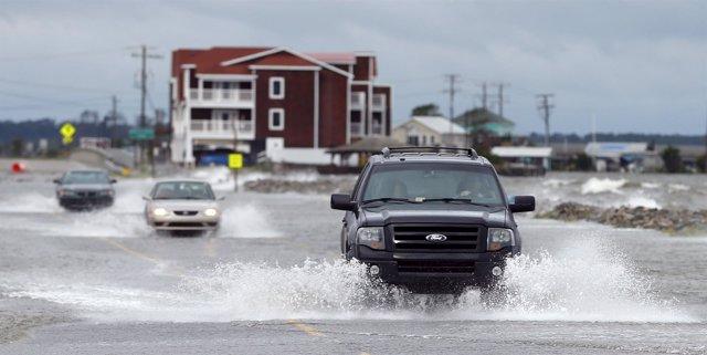 El huracán Arthur, a su paso por Carolina del Norte