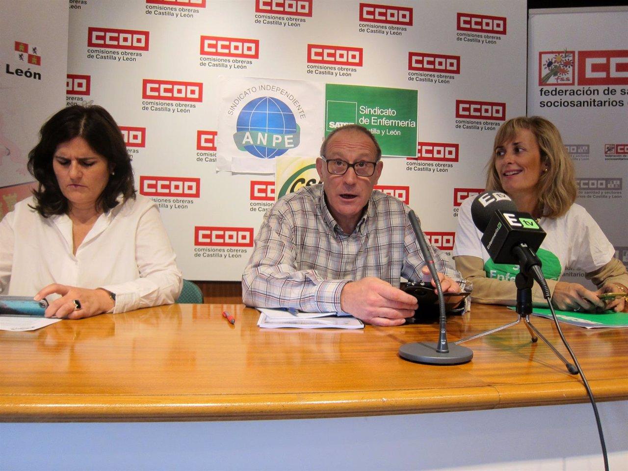 Raquel Fernández (izda), Carlos Julio López y Silvia Sáez.