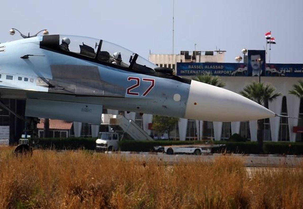 Un caza ruso Sujoi Su-30M, en el aeropuerto Bashar al Assad