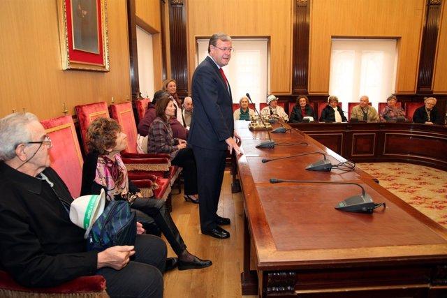 Silván durante la recepción a los participantes del programa