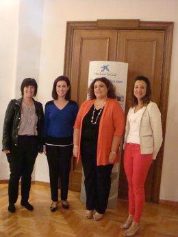 El Ayuntamiento y 'la Caixa' colaboran para favorecer la inclusión social