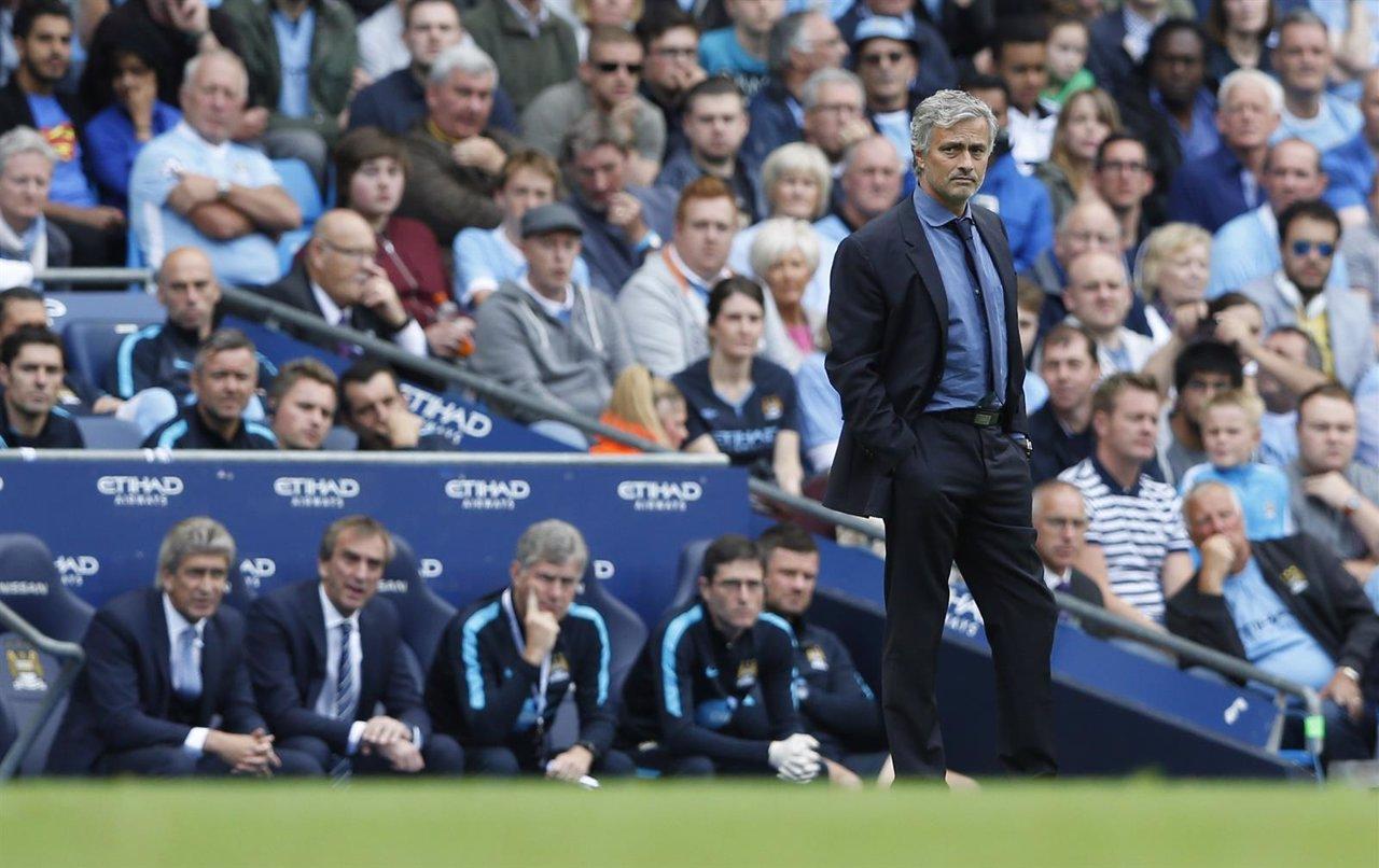 Mourinho en el Manchester City-Chelsea