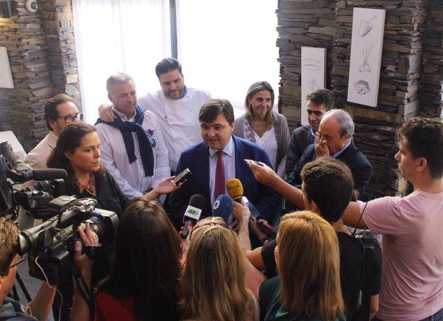 Declaraciones del alcalde de Huelva tras el fallo sobre la capital gastronómica
