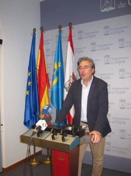 Pablo González.