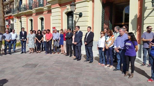 Minuto de silencio por primera víctima violencia de género en la Región