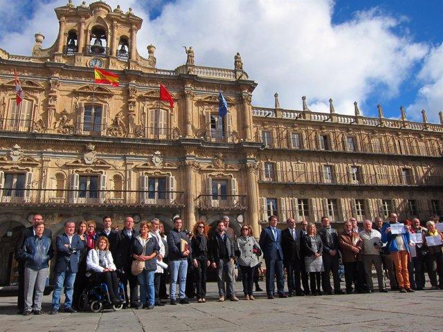 Concentración Contra La Violencia De Género En Salamanca.