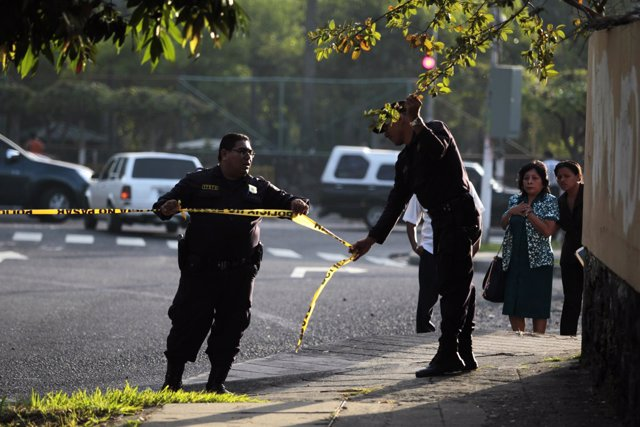 Conductor de autobús es asesinado en El Salvador