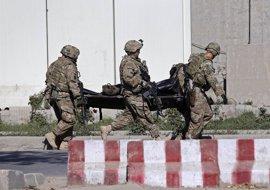 """EEUU defiende mantener fuerzas en Afganistán y pide """"flexibilidad"""" a aliados"""