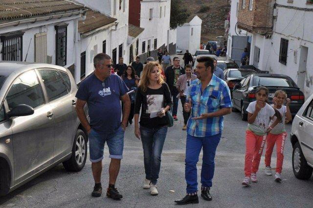 Visita de Podemos al barrio de la Peña de Iznalloz (Granada)