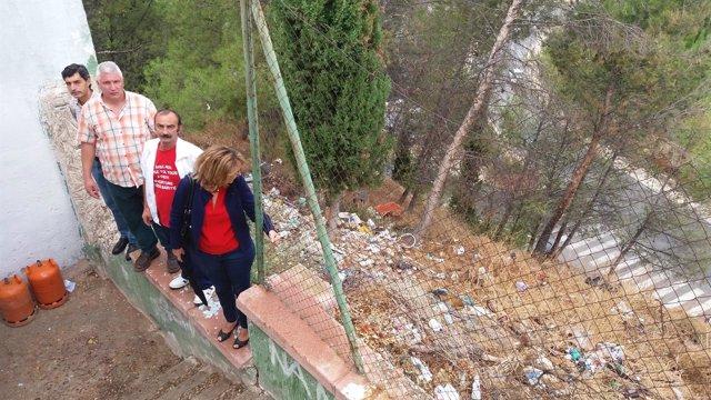 Visita del PSOE de Jaén a barrios de San Vicente de Paúl y Antonia Díaz