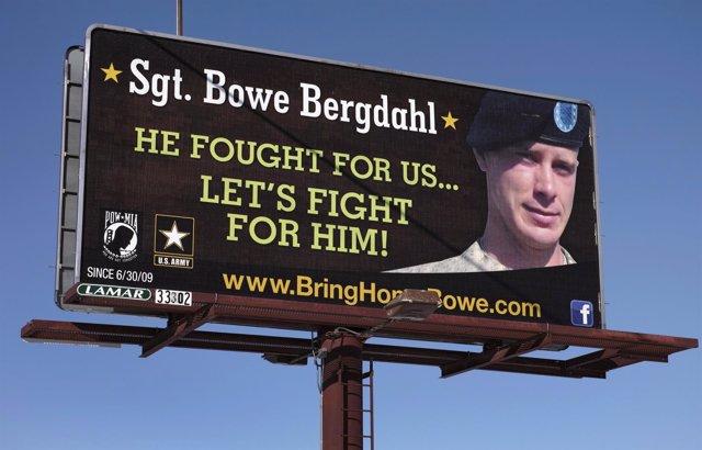 Un cartel que pide la liberación del soldado Bergdahl