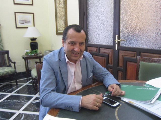 José Luis Ruiz Espejo delegado de la Junta en Málaga PSOE