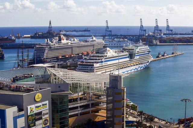 Cruceros atracados en el puerto de la capital grancanaria