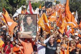 Multitudinaria manifestación en Líbano a favor del partido cristiano de Aoun