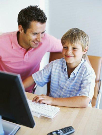 2 de cada 10 menores están en riesgo de desarrollar adicción a Internet en España
