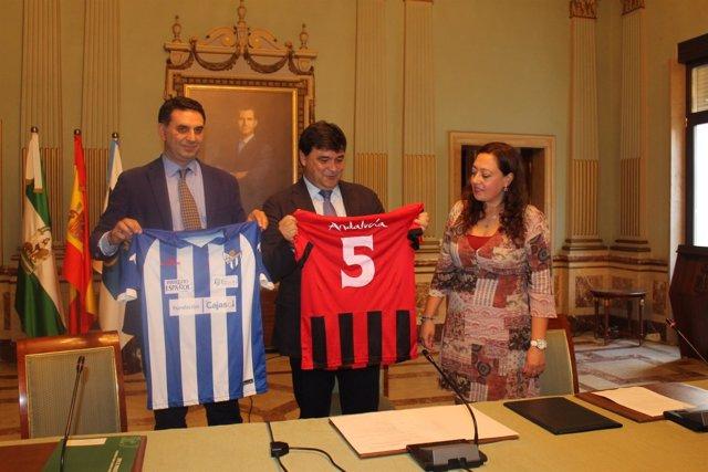 El equipo femenino Sporting Club de Huelva lucirá la marca Andalucía.