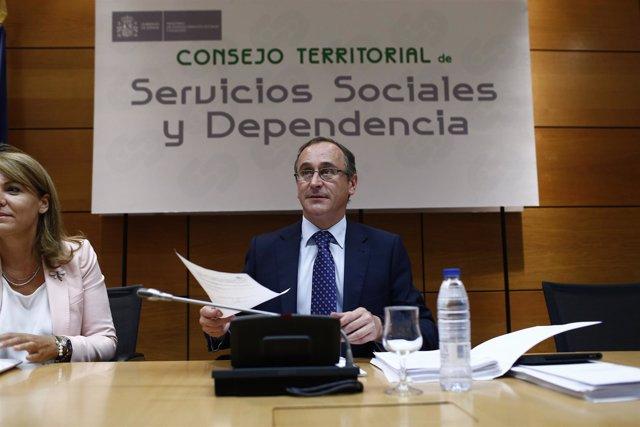 Alfonso Alonso preside el Consejo Territorial de Servicios Sociales