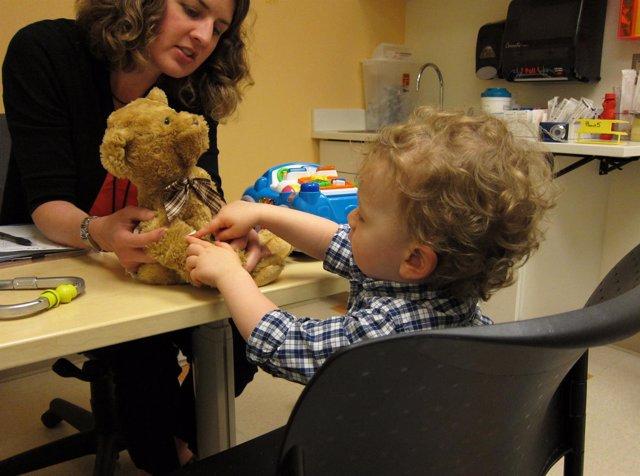 Niño, consulta, pediatría