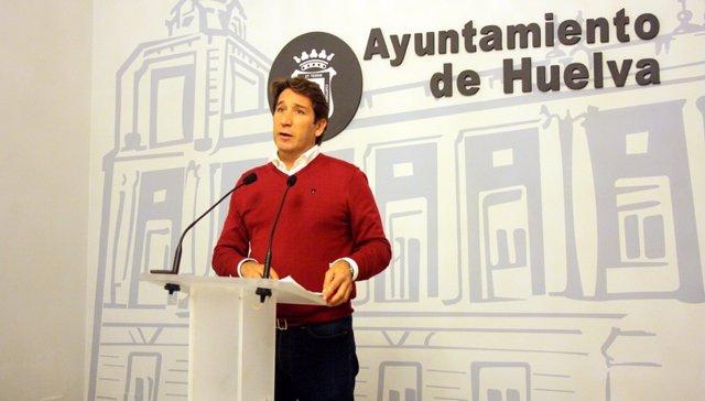 El presidente del grupo municipal de C's en el Ayto, Ruperto Gallardo.