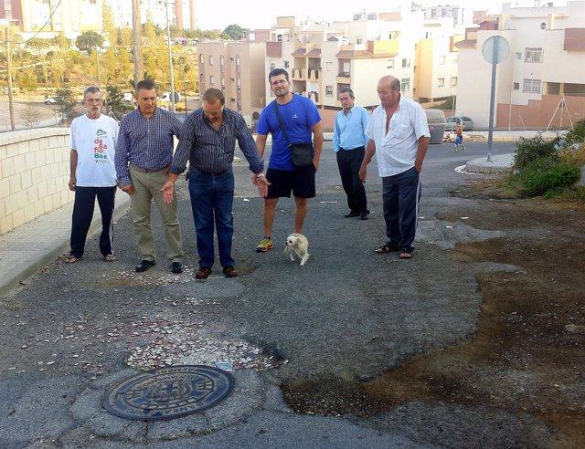 Visita del PSOE al barrio de Piedras Redondas de Almería