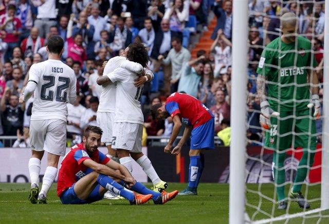 Real Madrid Marcelo Levante