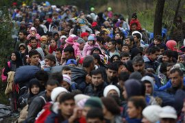 Un grupo de obispos británicos instan a Cameron a que acoja a 50.000 refugiados