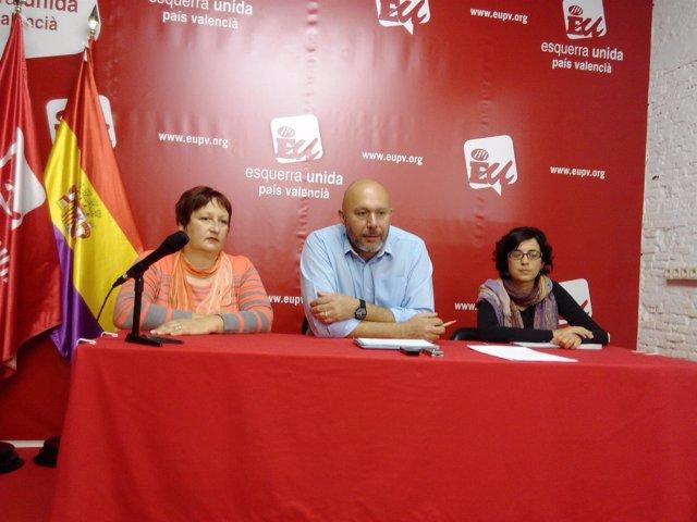 Ricardo Sixto con Puri Martí y Patricia Matínez