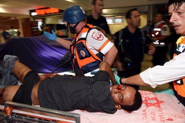 Eritreo herido tras ser linchado por israelíes en Beersheva